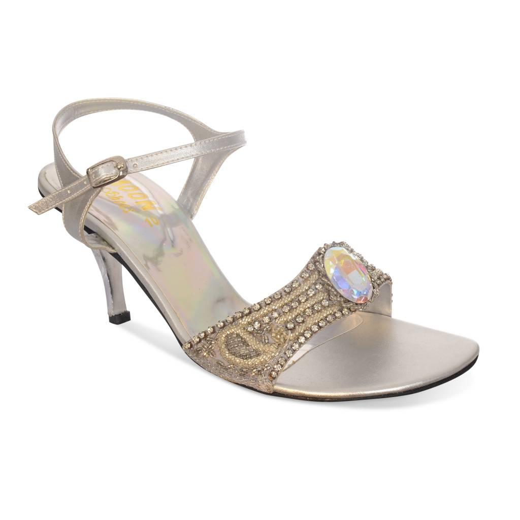 Sandaaltje met kralen en strasssteentjes/zilver