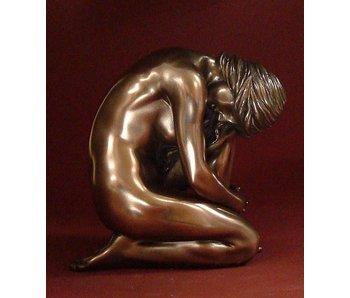 BodyTalk Vrouwelijk naaktsculptuur, zittend - M