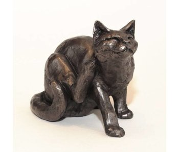 Frith Cat sculpture  Frith - scrat ching cat