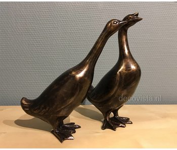 Geese couple of bronze