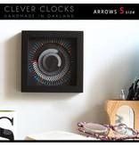 CleverClocks Wand- oder Tischuhr Arrows
