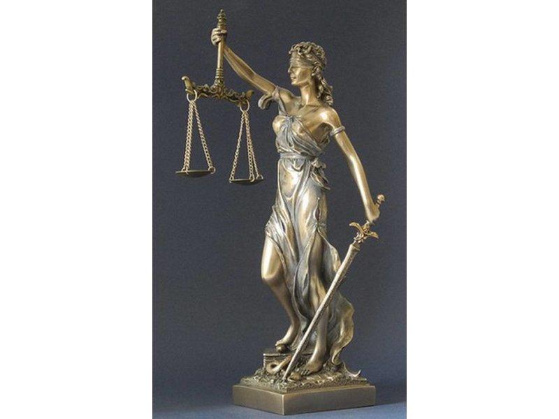 BodyTalk Themis, Vrouwe Justitia beeld