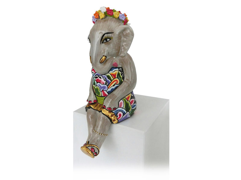Toms Drag Sitting elephant girl with gold accents