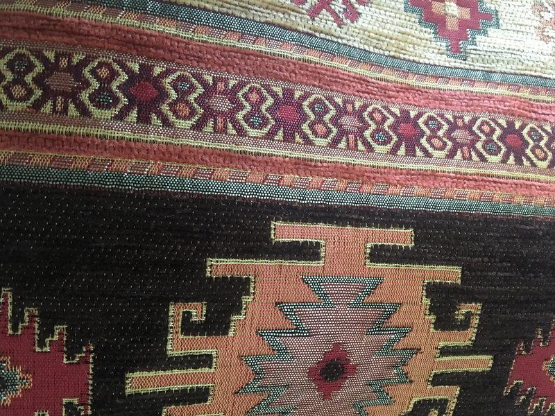 BoHo Sierkussen van meubelstof  Aztec Oker en Bruin - 45 x 45 cm