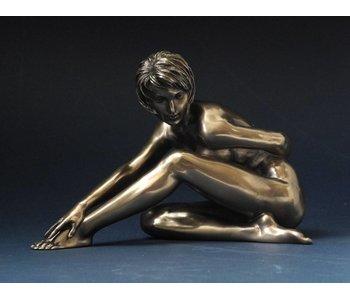BodyTalk Mujer escultura desnuda - alcanzando para el pie