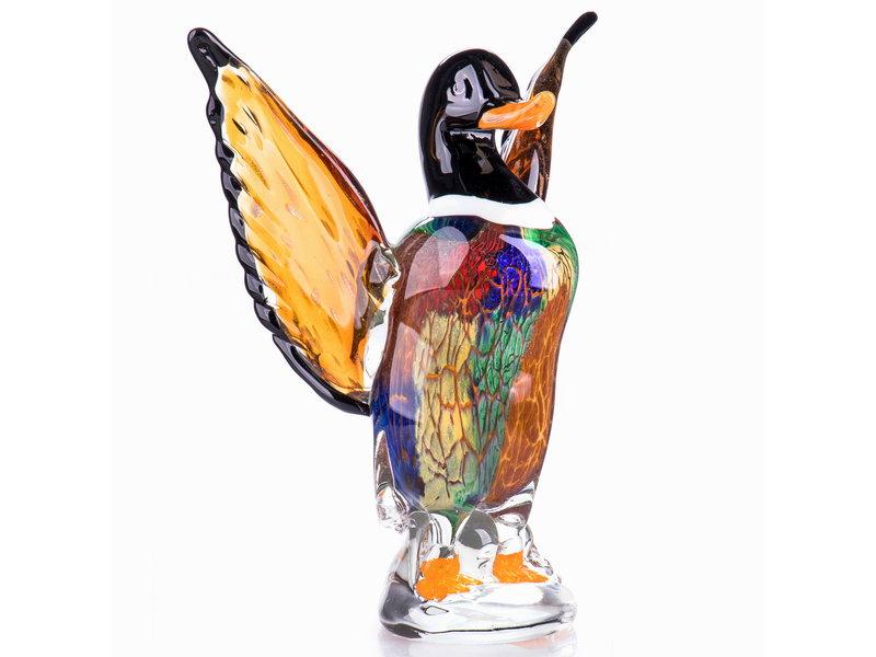 Glazen mannetjeseend met opgeheven vleugels