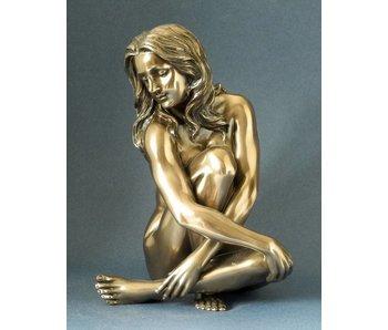 BodyTalk Female nude statue, sitting - L