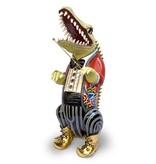 Toms Drag Standing alligator or crocodile  conductor Leonard B(ernstein)