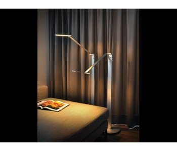 QisDesign BE Light - LED Stehlampe - Leselicht, silber