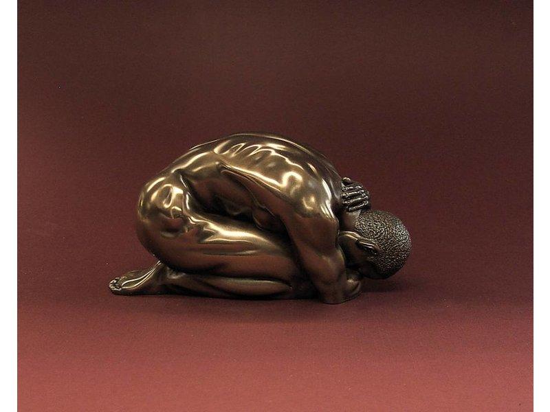 BodyTalk Bodybuilder, naakte atleet knielend - S