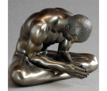 BodyTalk Bodybuilder sculpture sitting man, naked