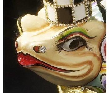 Toms Drag Frog statue Richard - L