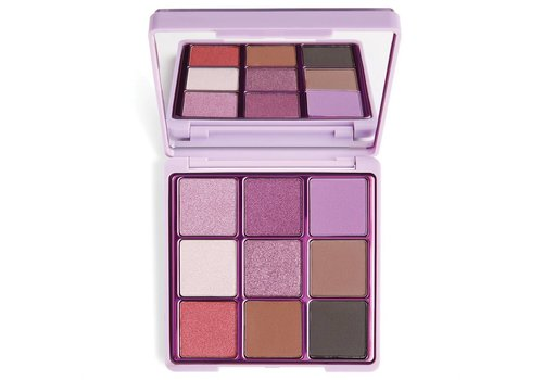 I Heart Revolution Glitter Eyeshadow Palette Fortune Seeker