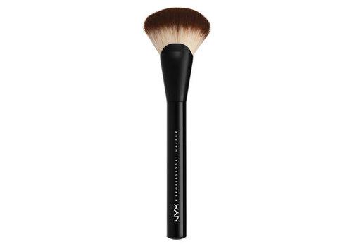 NYX Professional Make Up Pro Fan Brush