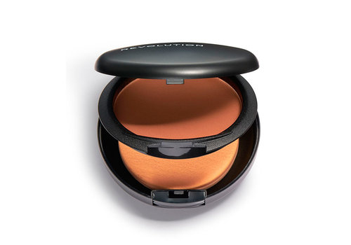 Revolution Pro Powder Foundation F16