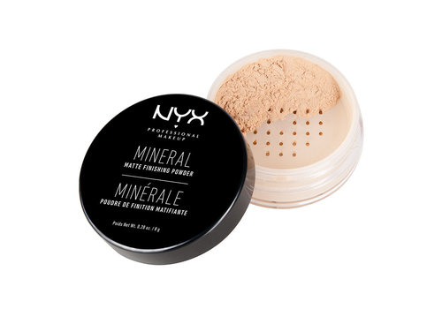NYX Professional Makeup Mineral Finishing Powder Light - Medium