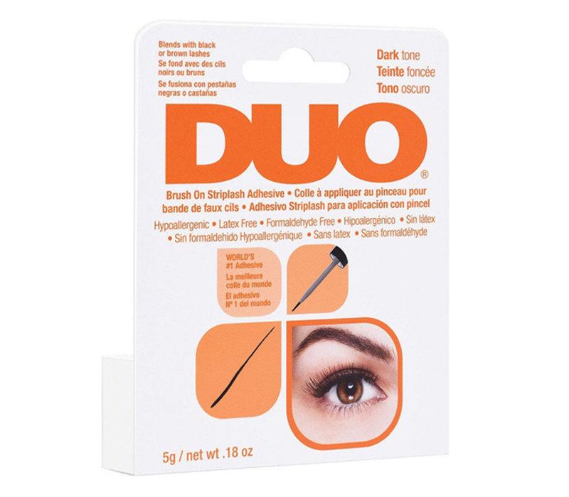 DUO Brush On Adhesive Dark with Vitamins