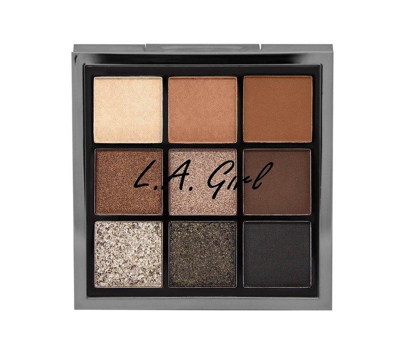 LA Girl Keep It Playful Eyeshadow Palette Downplay