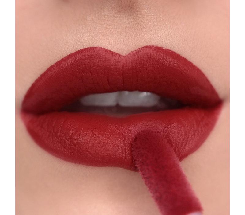 Makeup Revolution Matte Bomb Lure Red