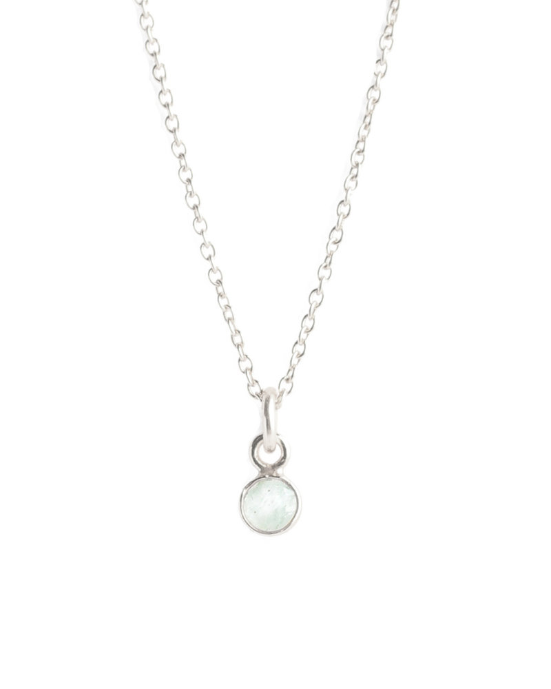 Muja Juma Necklace tiny round pendant silver with light nephrite