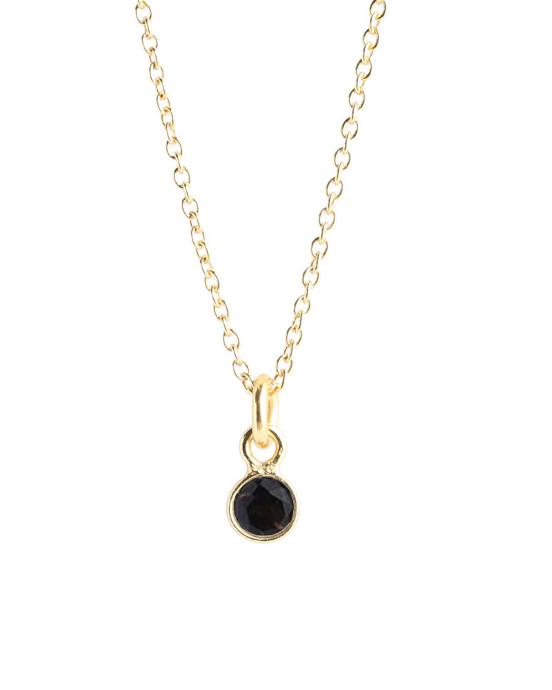Muja Juma Necklace tiny round pendant gold plated with black onyx