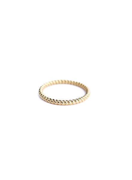 Muja Juma Ring plain twisted