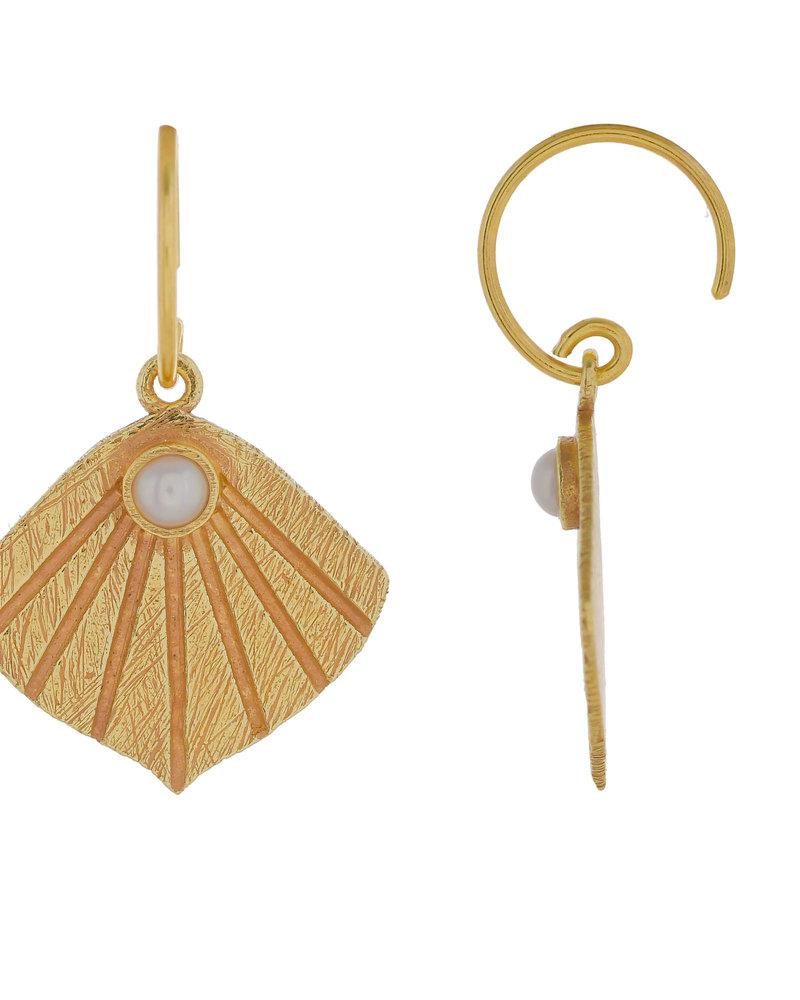 Muja Juma Earring Wave with sweet water pearl