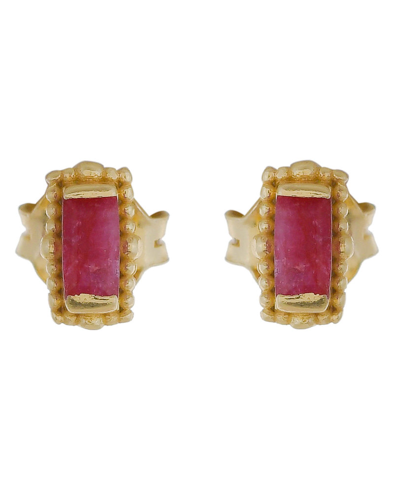 Muja Juma Earring Ruby stud gold plated