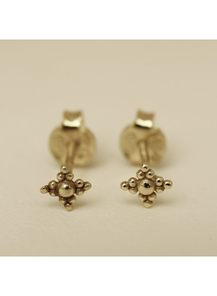 Muja Juma Earring Dots Diamond