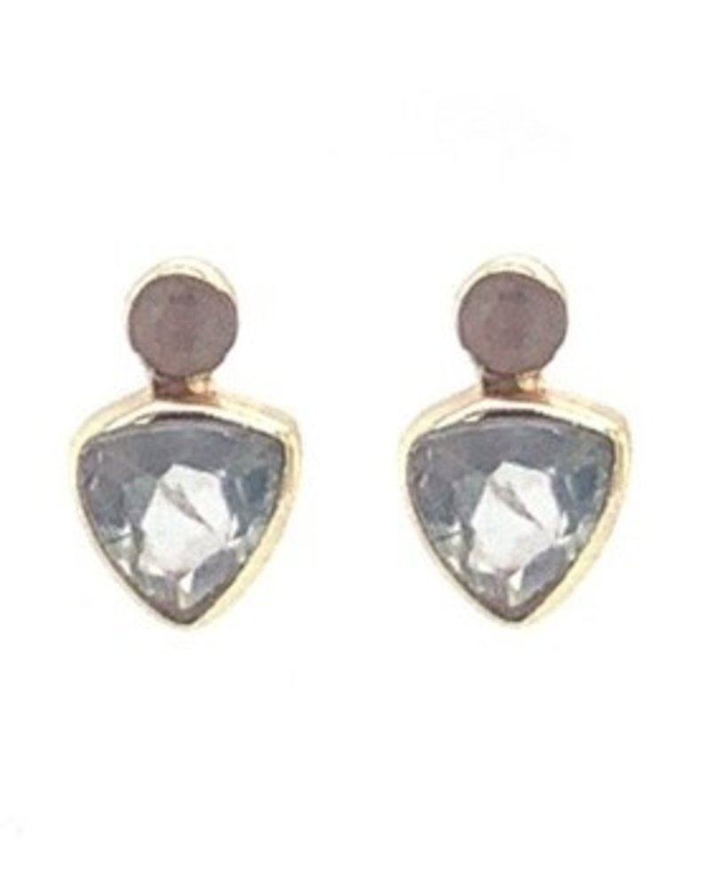 Muja Juma Earring Triangle stud stone with prenite and 2 mm peach moonstone