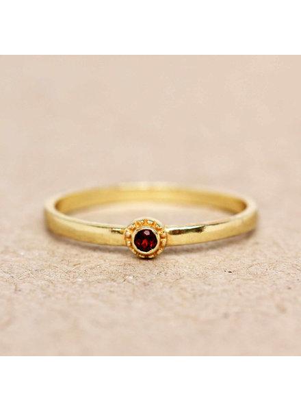 Muja Juma Ring Garnet  round