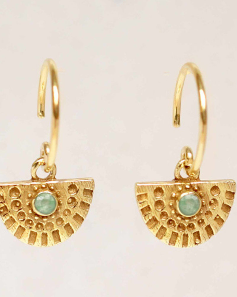 Earring Hanging Nefrite half cirkel  gold plated