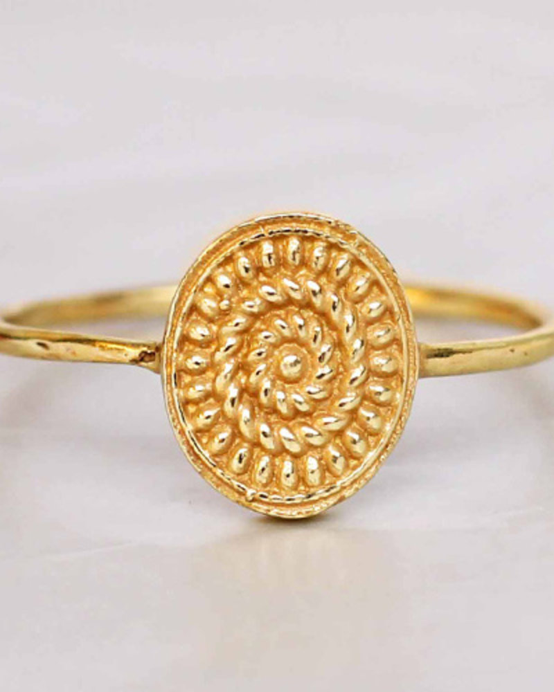 Muja Juma Ring fancy oval maze  goldplated 925 sterling silver