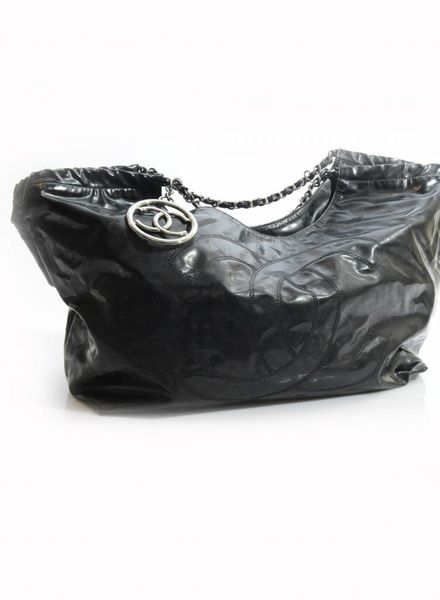 Chanel Chanel, glanzend zwarte Coco cabas tas.