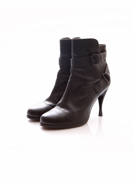 Balenciaga Balenciaga, black leather ankleboots with buckles in size 40.