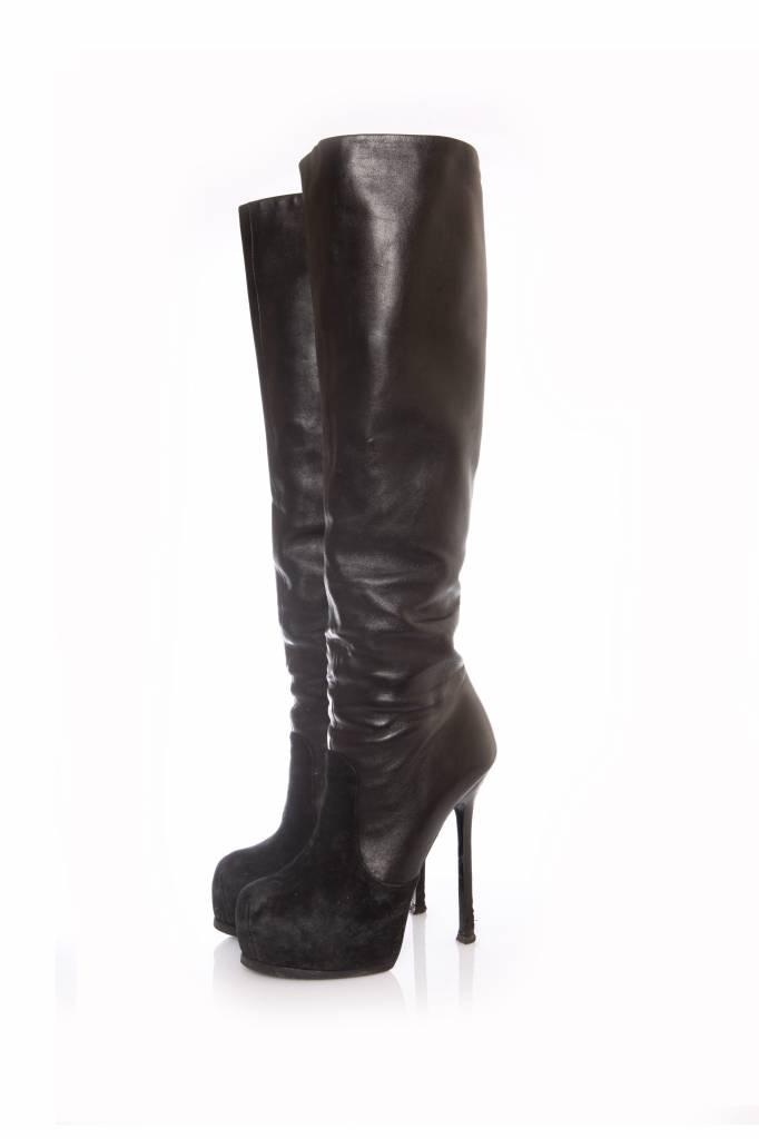 259de982 Yves Saint Laurent Yves Saint Laurent, black leather over knee boots in  size 38.5.