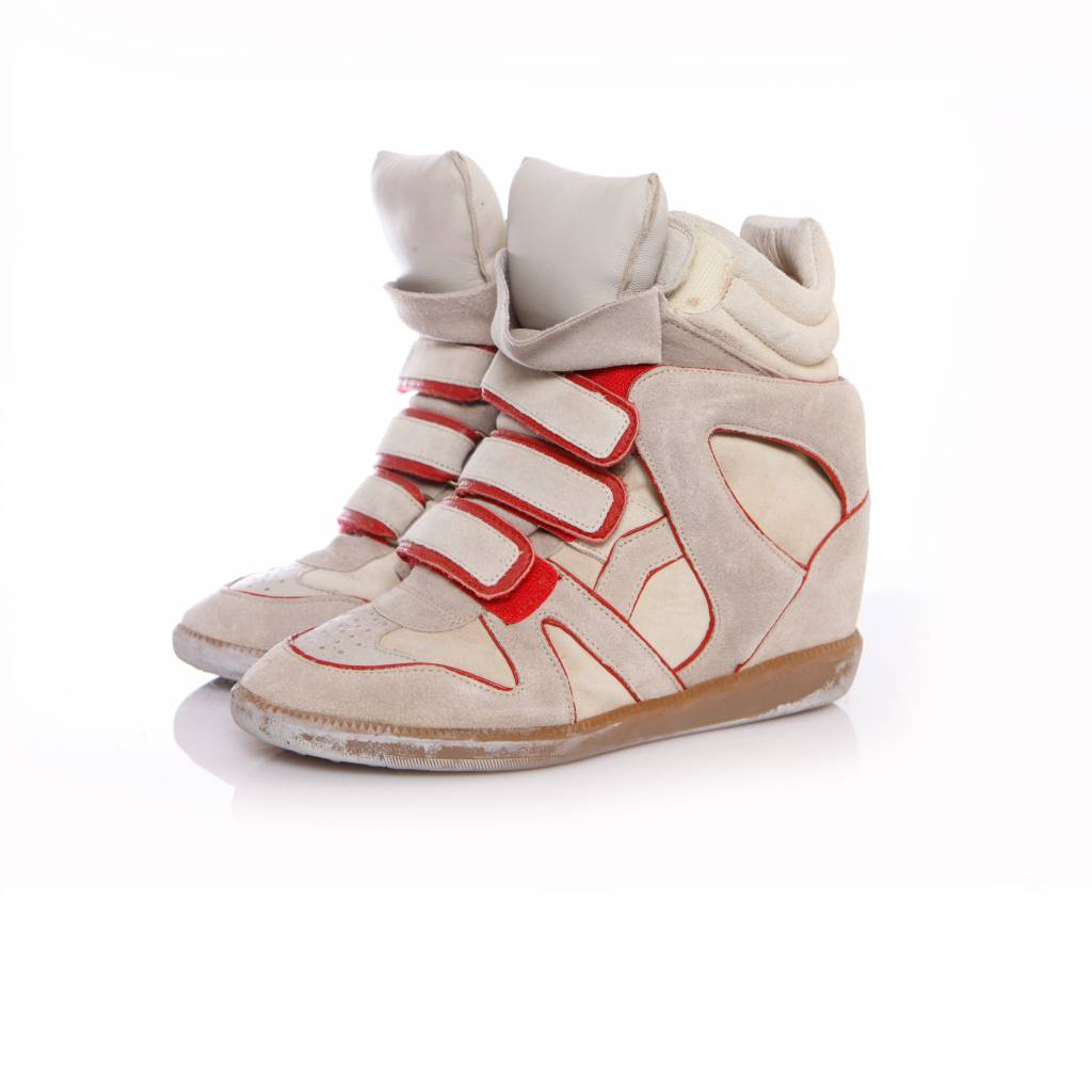 3e2e758e5d Isabel Marant, sand coloured sneaker wedge with red details in size 38.