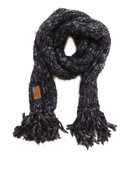 Dolce & Gabbana Dolce & Gabbana, Grof grijs gebreide shawl met lurex en franjes.