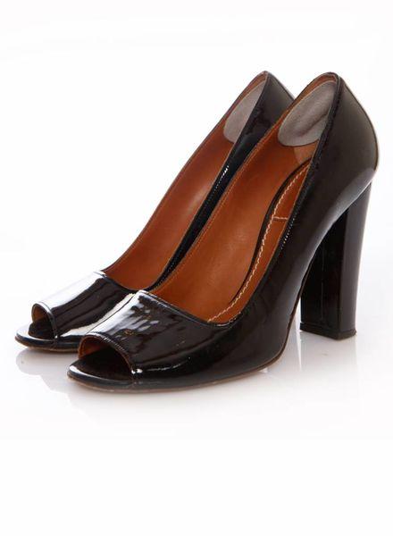 Lanvin Lanvin, (été 2010) black patent leather peeptoe pumps in size 40.
