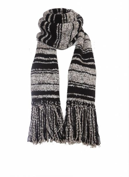 Chanel Chanel, black/grey cashmere boucle scarf with fringes.