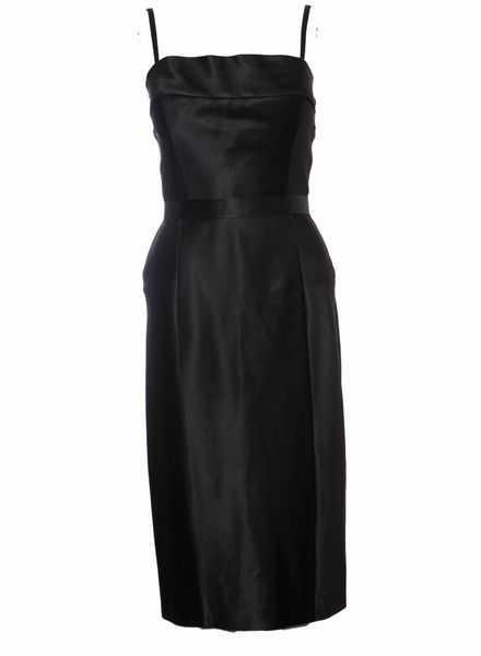 Gucci Gucci, black satin evening dress with split in the back, removable straps and bow in the waist in size IT44/M.