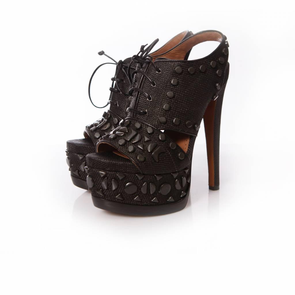 Größe 40 begehrteste Mode Kaufen Alaïa Alaia, zwart gewoven veter plateau sandalen met studs in maat 38.