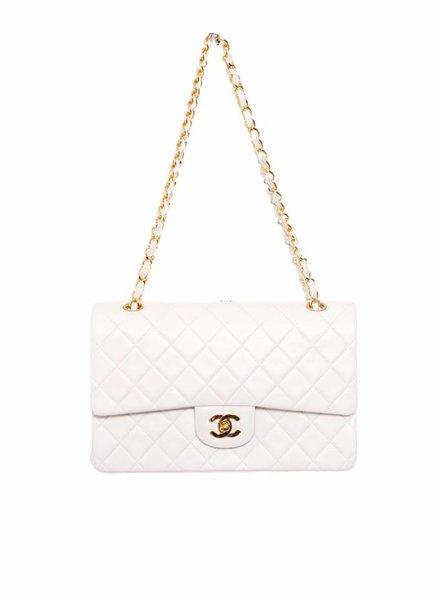 Chanel Chanel, tijdloze witte 2.55 dubbele flap tas met gouden hardware (vintage).