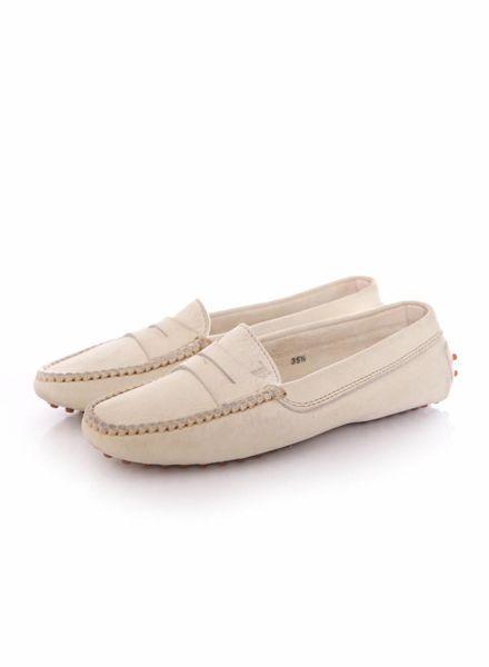 Tod's Tods, beige/crèmekleurige suede loafers in maat 35.5.