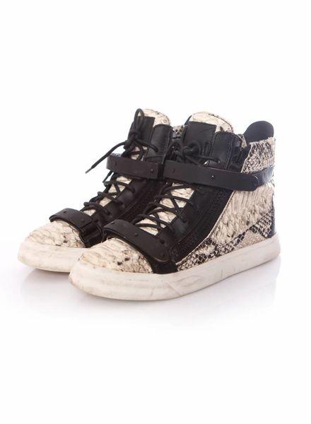 Giuseppe Zanotti Giuseppe Zanotti, zwart leren python sneakers in maat 39.