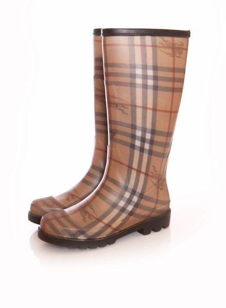 Burberry Burberry, brown checked rainboots in size 36.