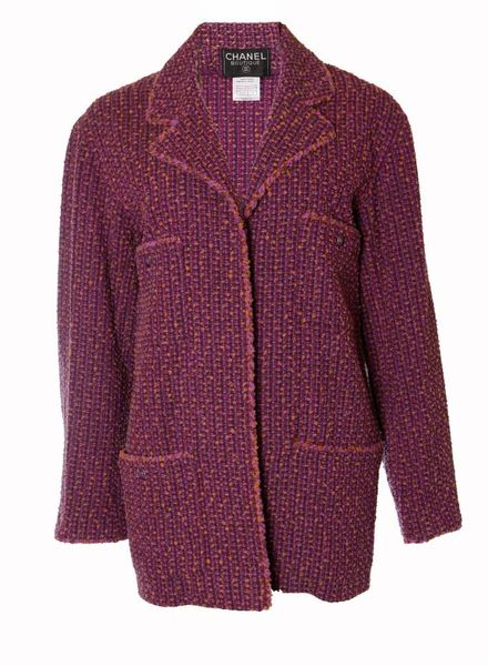 Chanel Chanel, purple boy fit boucle blazer in size 38/S.