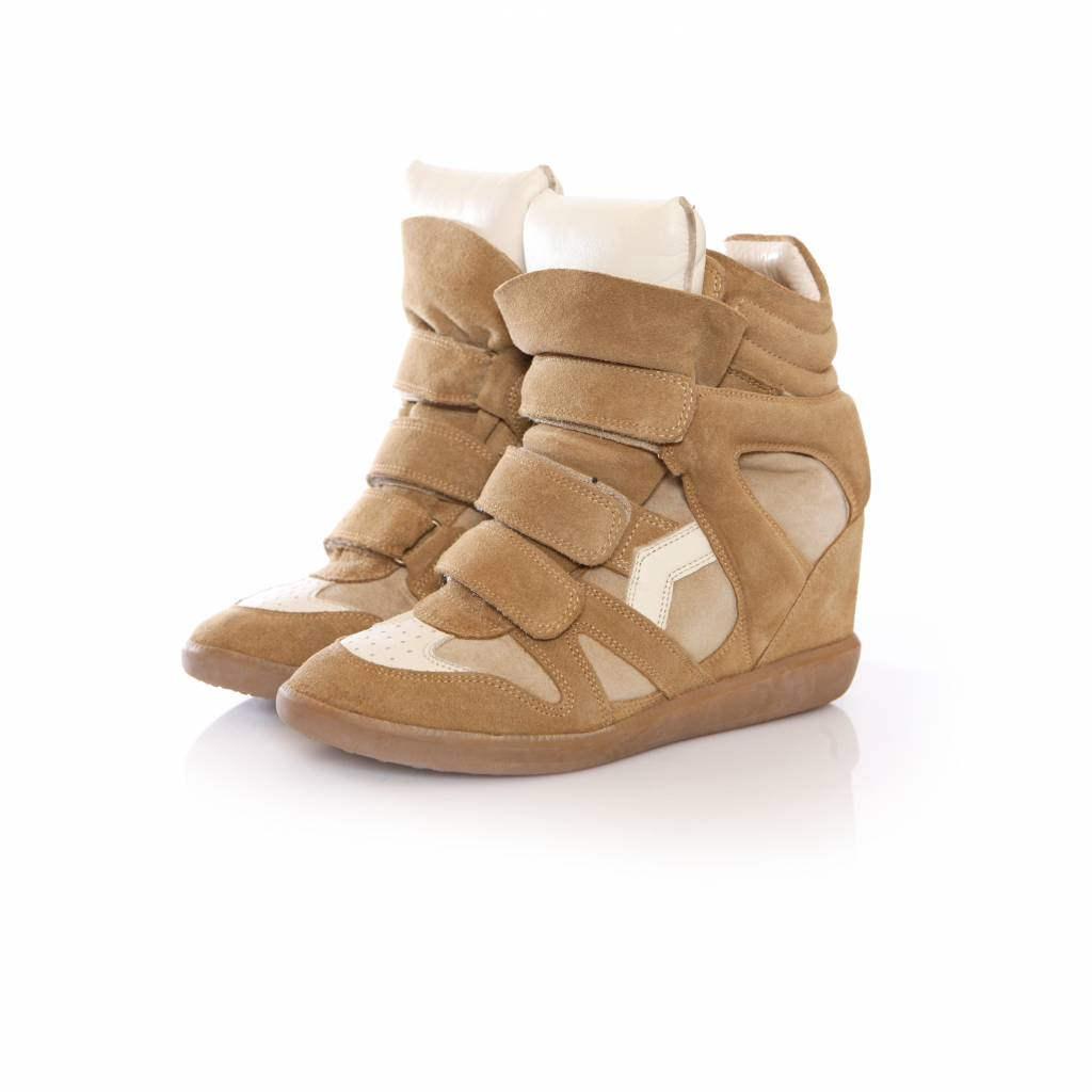 official photos fefc0 bbc88 Isabel Marant, sand coloured suede beckett sneakers in size 38.