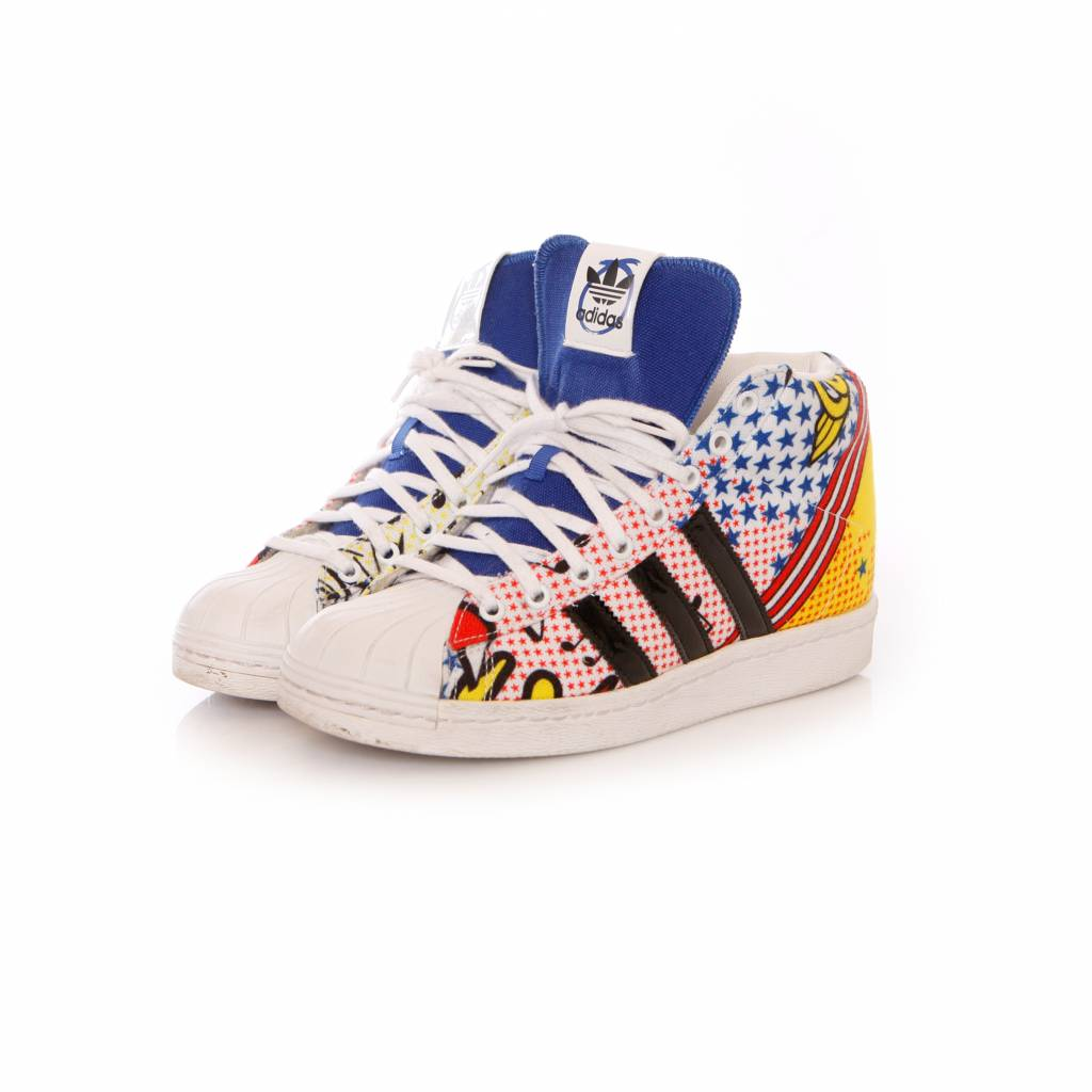 Adidas, Limited edition sneakers in maat 38.