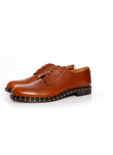 Valentino Valentino, Cognac leather derby shoes with gold studs in size 44.